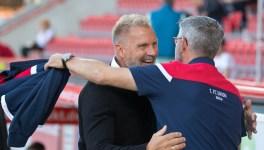 Urs Fischer greets Thorsten Fink