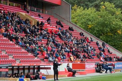 Attendance: 421