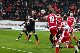 Hübner heads it home!