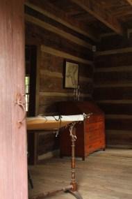 Eddins room2