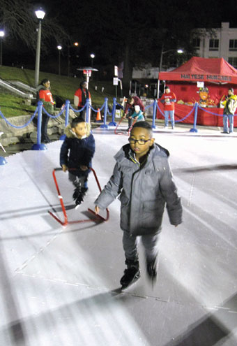 'Ice' rink remains at center of Union's Winter Wonderland