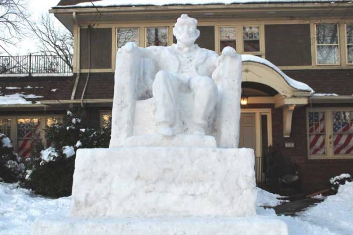 Snowstorm brings a visit from Lincoln to Cranford