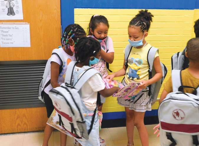 Roselle students enjoy summer through Title I activities
