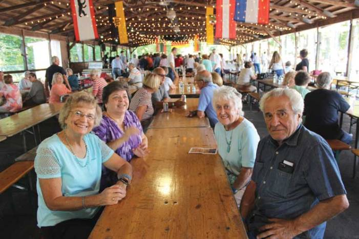 Clark seniors join mayor for barbecue