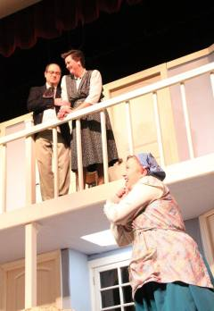 USP Noises Off Pic by Jim Palmer 11