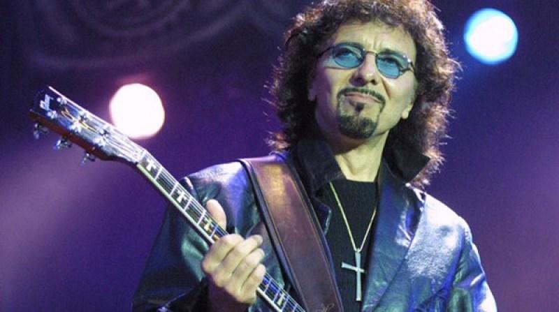 V dokumente svoje názory a poznatky prezentovali aj priekopníci metalovej hudby (Zdroj: iguitarmag.com)