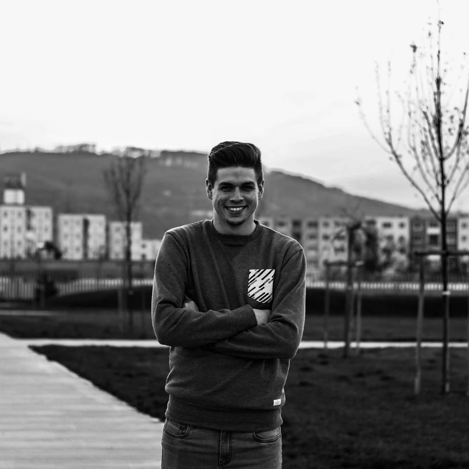 """""""Nie je to len okolegoch, ale aj o mojej vnútornej pohode, ao pocite, že tu, na univerzite, niečo po sebe zanechám"""" (Foto: FB Andrej Schlank)"""