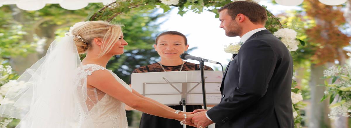 wedding celebrant france - wedding ceremony in france - wedding france