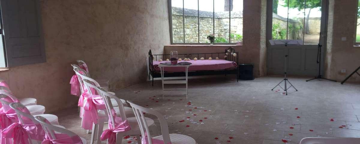 Wedding ceremony: Celebrant tips in case of rain