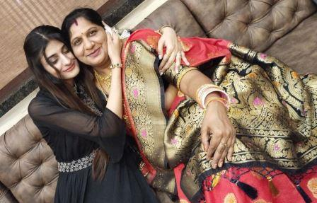 Payal Dhare mother