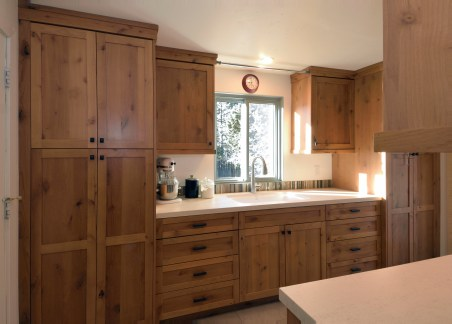 Knotty Alder Craftsman Kitchen