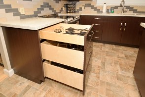 Full extension Dovetailed Drawers