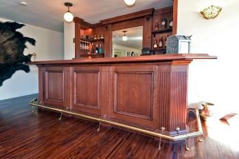 Qtr-Sawn Victorian Style Bar