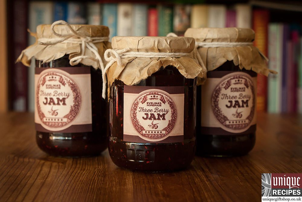 how to make three berry jam image 2