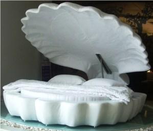 かわいい!貝殻型のベッド