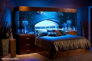 ちょっと羨ましいアクアリウム付きベッド