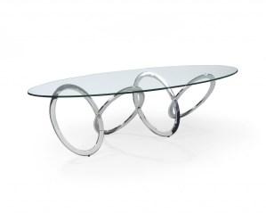 究極のバランスで支えられているテーブル