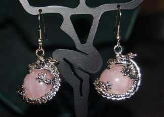 Dragon Earring Pink