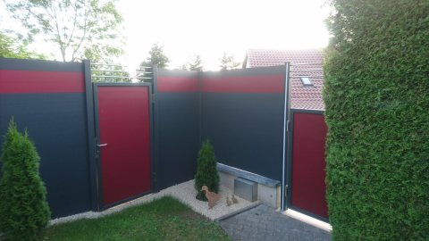 fence flat grey and red with door