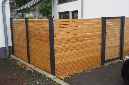 fence rhombus wood with spacer