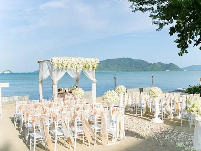Beach Club Wedding F And M 14