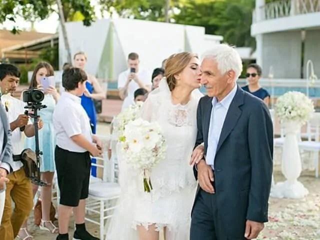 Beach Club Wedding F And M 34
