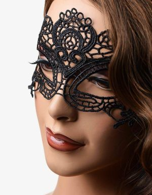 The Enchanted er en smuk blondemaske
