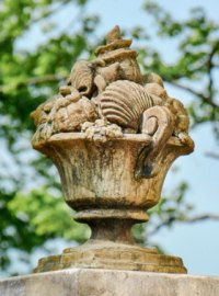 Pineapples & Finials | Unique Stone | Antique & Garden ...