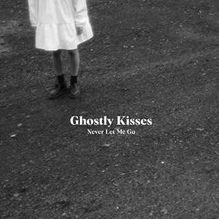 GhostlyKisses-EPNLMG