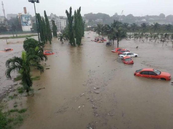 En période diluvienne, certain quartiers d'Abidjan sont gravement menacés