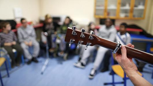 Music therapy hopes to change brain injury treatment
