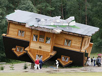 upside_down_house