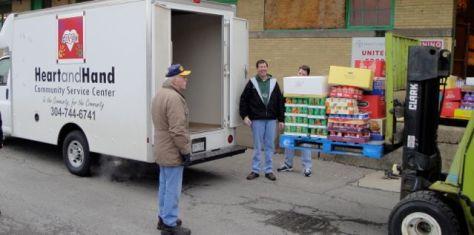 More people seeking food pantry help