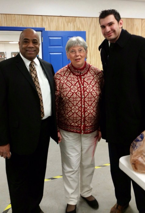 Senator Chris Walters supports United Food Operation efforts.