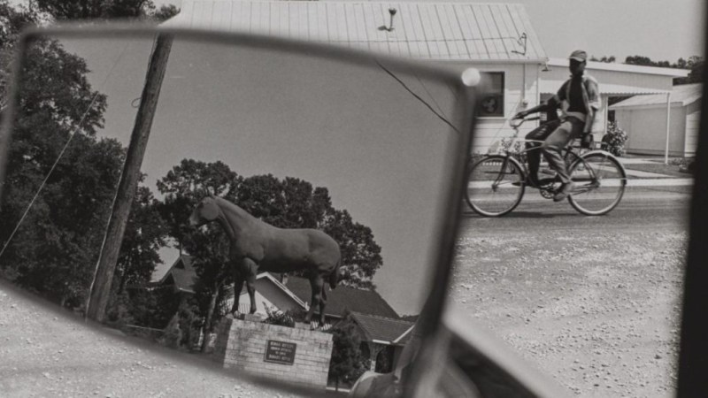 Lee Friedlander in Louisiana. Courtesy of NOMA