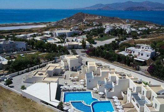 Naxian Emerald Hotel 4*<i> 4 ημέρες</i> <strong>66€</strong>