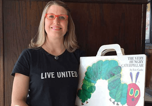 With a very insistent little reader at home, it was only natural that highly engaged Vystar employee Amanda Crawford expand her volunteer work to include making a difference as a ReadingPal.