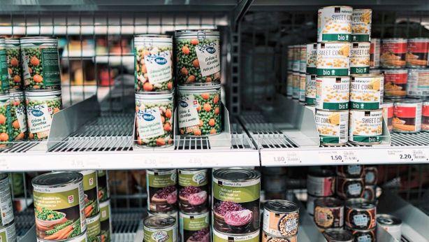 food shelf photo