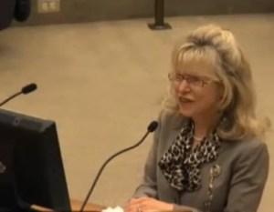 Dr Janice Knebl at FW City Council_392x304