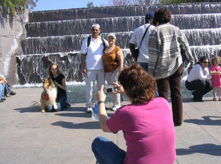 tourists taking pic in war memorial