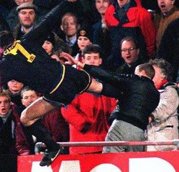 He wasn't a palace fan he was a fulham fan. Cantona Kung Fu Kick United We Stand