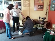 getting our spinning wheel all ready for a session on Spinnning