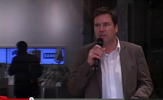 Universalcode als Pflichtlektüre: DJS-Chef Jörg Sadrozinski