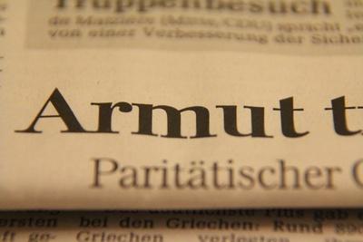 Tageszeitungen - in der Provinz unangefochten, in den Städten weiter auf dem Rückzug. (Foto: Christian Pohl/pixelio.de)