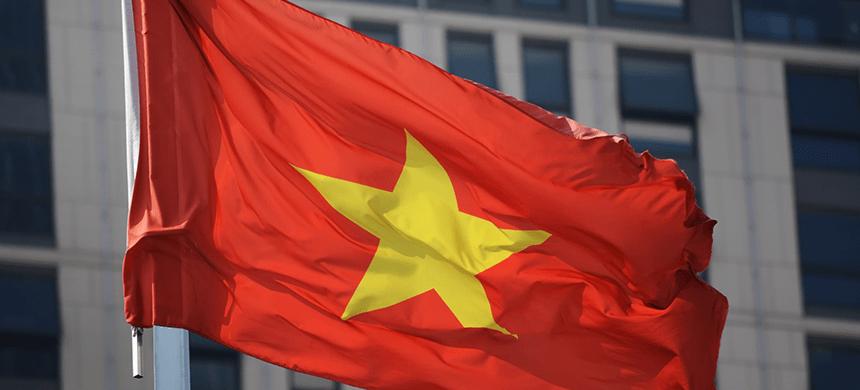 Cristianos vietnamitas son obligados a adorar a buda