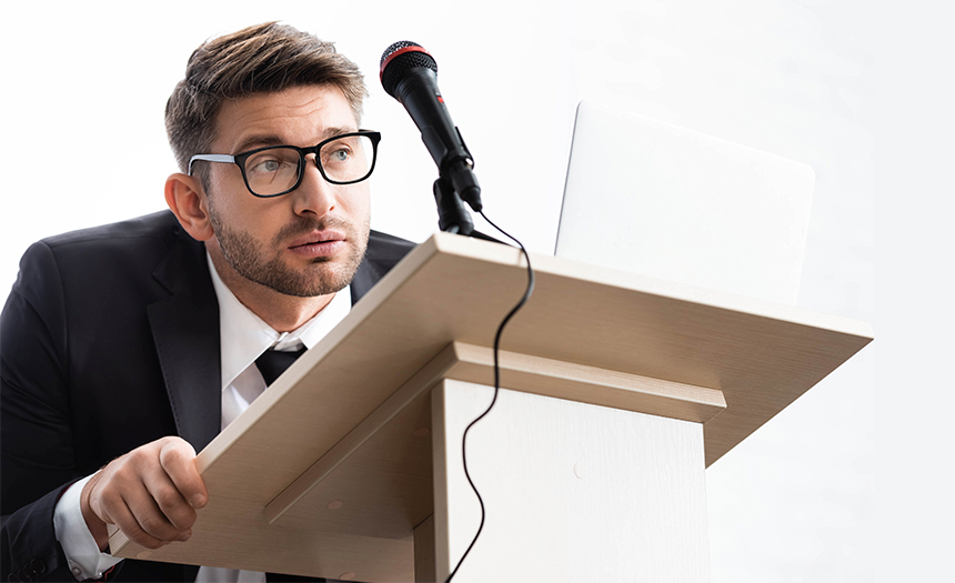 ¿Miedo a hablar en público? Te decimos cómo superarlo