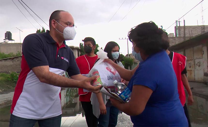 Vecinos de Chalco lo pierden todo en las inundaciones