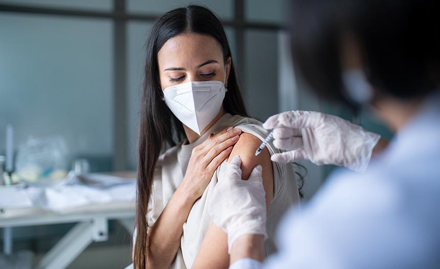 Consejos para no resentir mucho los efectos de la vacuna