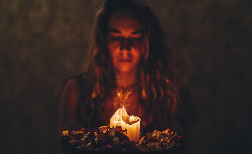 ¿Conoces las consecuencias de invocar a los espíritus?