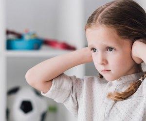 ¿Quieres que tus hijos crezcan sin complejos? ¡Evita decirles esto!